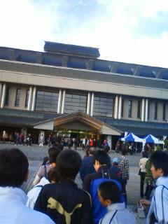弘前市の武道館に来てます